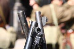 Tambores e açaimes do rifle   Foto de Stock