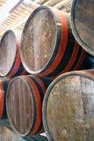 Tambores em uma adega de vinho Imagens de Stock