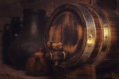 Tambores na adega de vinho imagens de stock royalty free