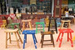Tamboretes e cadeiras imagens de stock royalty free