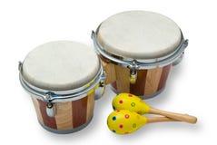 Tambours de bongo et Maracas d'isolement sur le blanc Photographie stock libre de droits