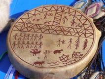 Tamburin av den Chukchi medicinmannen arkivfoton