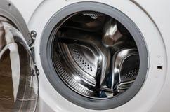 Tamburo della lavatrice del primo piano fotografia stock libera da diritti