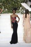 Tami Williams camina la pista en el desfile de moda de La Perla Fotos de archivo libres de regalías