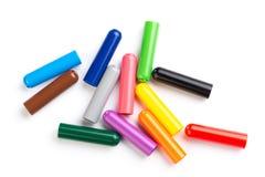 Tampões da cor dos marcadores isolados no branco fotografia de stock