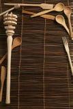 Tampa de ferramentas de madeira rústicas da cozinha Fotografia de Stock Royalty Free