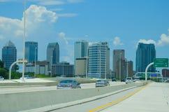 Tampa Florida horisont som beskådas från mellanstatliga 275 Arkivfoton