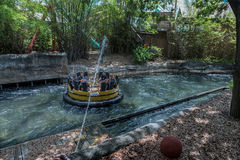 TAMPA, FLORIDA - MAY 05, 2015: Attractions in Busch Gardens Tampa Bay. Florida. Water Splash. Royalty Free Stock Photos
