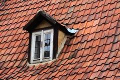Tampa vermelha do telhado fotos de stock royalty free