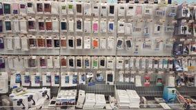 Tampas da loja do telefone celular Tampa para o telefone celular imagem de stock royalty free