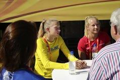 TAMPERE, FINLANDIA, o 12 de julho: Alina Shukh Ukraine na conferência de imprensa do campeonato do mundo U20 de IAAF em Tampere,  Imagens de Stock Royalty Free