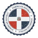 Tampon en caoutchouc grunge avec le drapeau de la République Dominicaine  illustration de vecteur