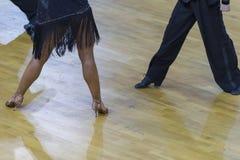 Tanów pojęcia Zbliżenie nogi Fachowy Dancingowy wyczyn Fotografia Stock