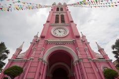Tan Dinh Church - den rosa katolska kyrkan i Ho Chi Minh City, Arkivbild