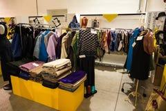 Tan exposición tan crítica de la moda en Milán el 20 de septiembre de 2013 Fotos de archivo libres de regalías