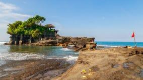 Tanah批次寺庙在巴厘岛印度尼西亚 库存图片