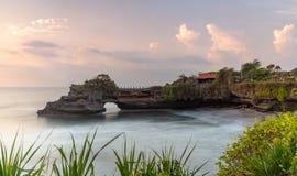 Tanah udziału świątynia i naturalna jama w Beraban wiosce, Tabanan, Bali zdjęcie stock