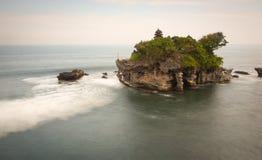 Tanah udziału świątynia przy zmierzchem w Bali, Indonezja Fotografia Stock