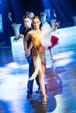 Tancerze tanczy łacińskiego tana Obraz Stock