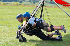 Tandem Hang Gliders Landed Royalty Free Stock Photos