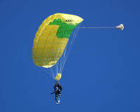 Tandem Sky Diving Royalty Free Stock Photography