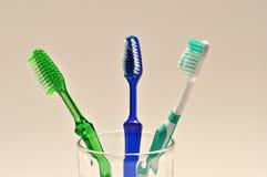 Tandenborstel op witte achtergrond. Royalty-vrije Stock Foto's