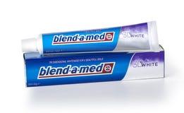 Tandkräm Blandning-EN-Med, Royaltyfria Bilder