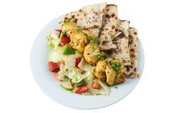 Tandoori kurczak z sałatką i chapati fotografia royalty free