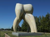Tandskulptur av konstnären Seward Johnson i Hamilton, NJ Arkivbild