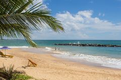TANGALLE,斯里兰卡- 2017年12月15日:海滩的人们 免版税库存照片