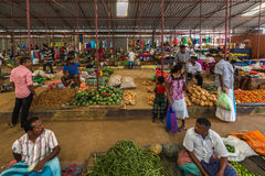 TANGALLE,斯里兰卡- 2017年1月01日:未认出的卖主 免版税库存照片