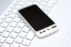 tangentbord över smart white för telefon Royaltyfri Fotografi