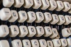 Tangenter av gammal skrivmaskin 2 Arkivbild