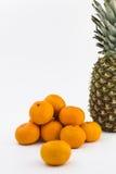 Tangerine und Ananas Lizenzfreie Stockfotografie