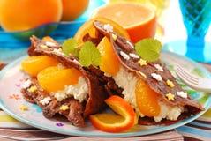 tangerines блинчиков коттеджа сыра Стоковые Фотографии RF