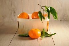 Tangerines в коробке Стоковое Изображение