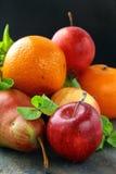 tangerines груш свежих фруктов яблок Стоковые Изображения