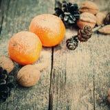 2 Tangerines, карточка праздника, селективный тонизированный фокус, Стоковая Фотография RF