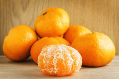 Tangerines на древесине Стоковое фото RF