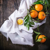 Tangerines с листьями Стоковое фото RF