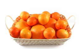 Tangerines e laranjas isolados frescos Fotos de Stock Royalty Free