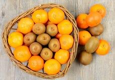 Tangerins e quivis fotografia de stock
