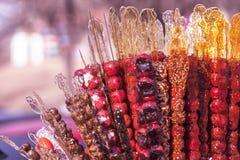 Tanghulu, κινεζικά γλασαρισμένα φρούτα στο ραβδί στοκ φωτογραφία με δικαίωμα ελεύθερης χρήσης