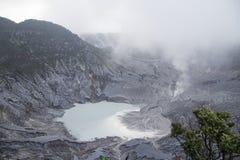 Tangkuban Parahu火山口 免版税库存图片