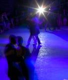 Tangodansers in milonga Royalty-vrije Stock Foto's