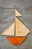 Tangramsegelbåtabstrakt begrepp Royaltyfria Bilder