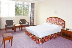 tani sypialnia hotel zdjęcie stock