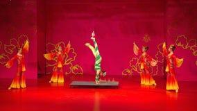 Taniec i akrobacje zdjęcia stock