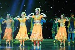 Taniec Indiaï ¼ šCollective taniec Zdjęcia Royalty Free