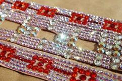 Taniec towarzyski turniejowa biżuteria robić błyszczący kryształy Obrazy Stock